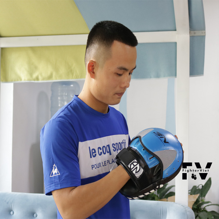 Đích Tay Võ Thuật Cao Cấp Đích Bàn Tay Boxing BN Fight